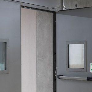 Brandschutztür mit Verglasung