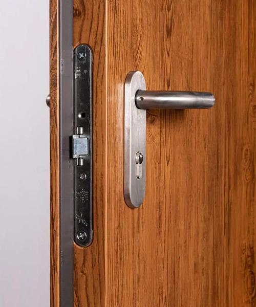 porta acciaio legno